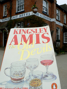 0155 | The Old Devils | Kingsley Amis